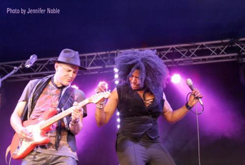 Kat & Co Live by J Noble